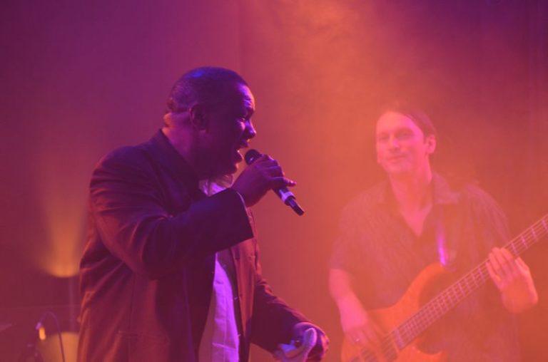 Frank Riley singer Steffen Knauss bass