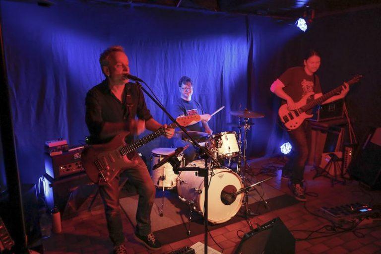 Andy Susemihl Trio Bass Steffen Knauss