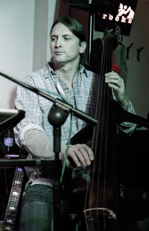 Steffen Knauss Bass live eub slb-200