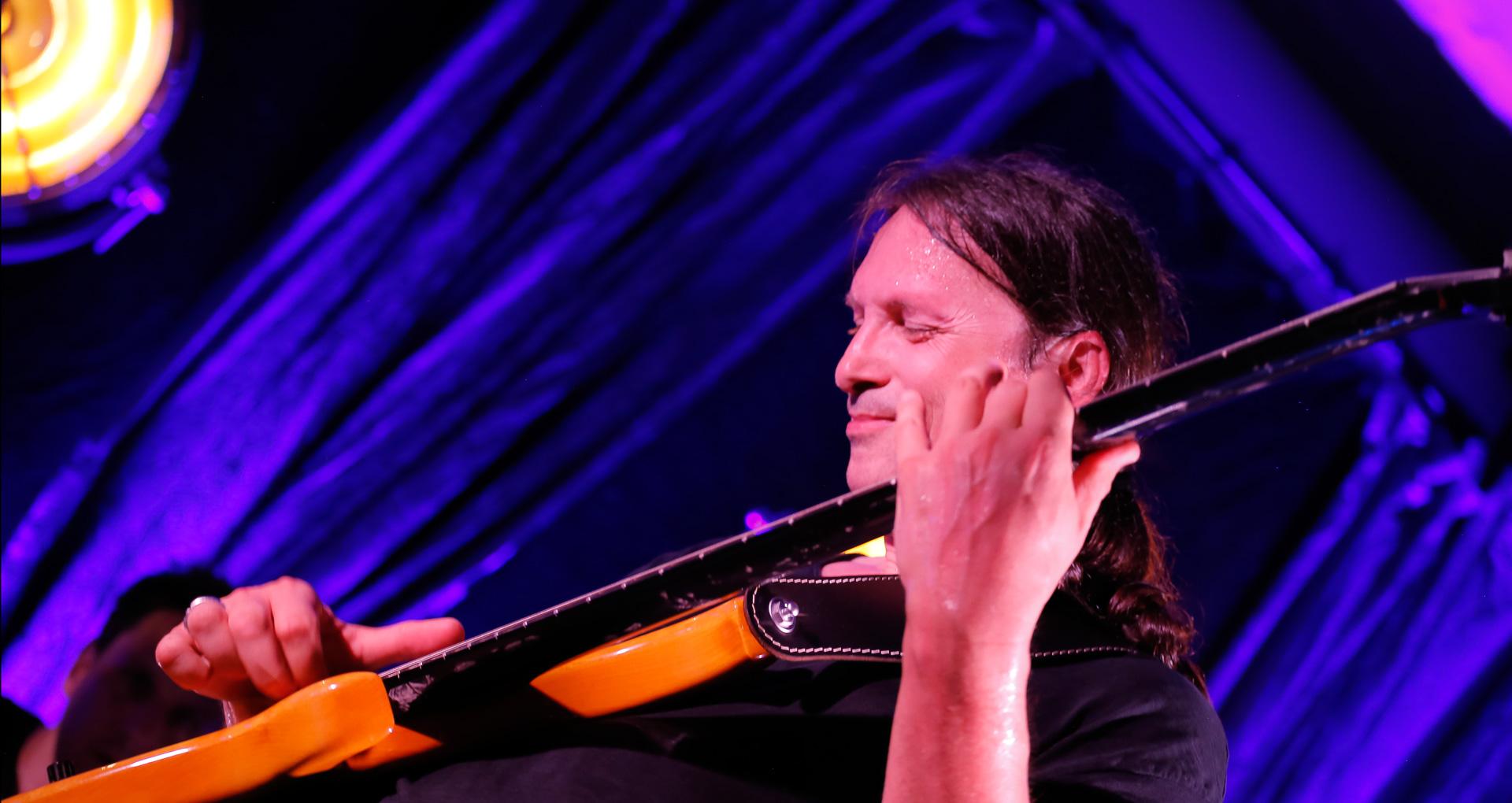 Steffen Knauss concert bassplayer yasi hofer